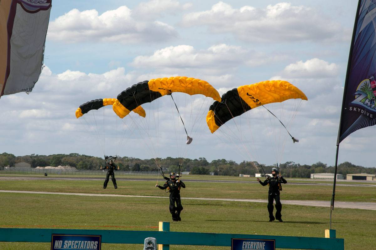 Golden Knights jumpers coming in for landing while skydiving at Skydive City.