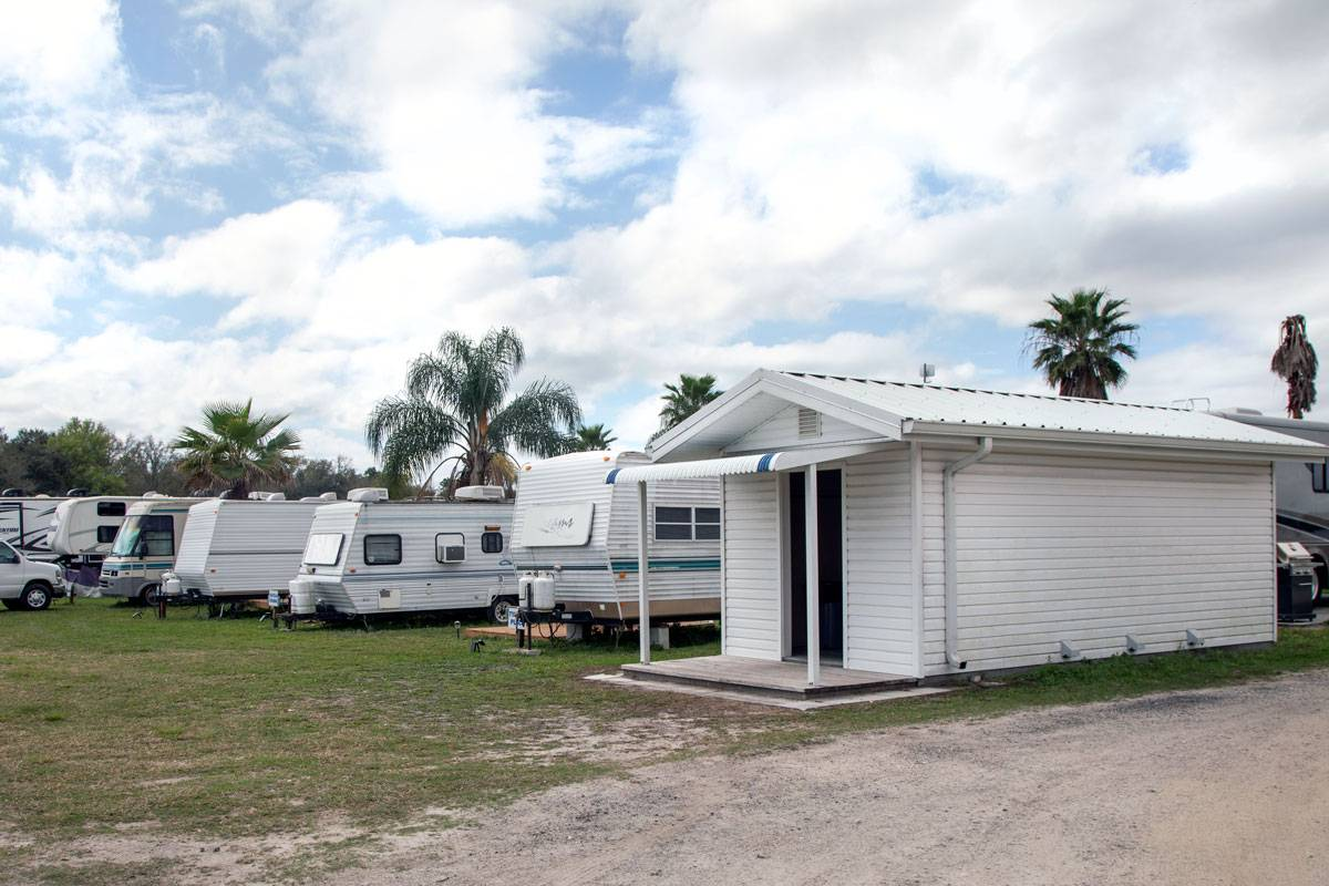 Laundry house and full service RV slots at Skydive City